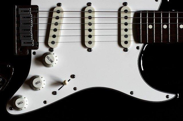 Fender フェンダー 珍しい レア